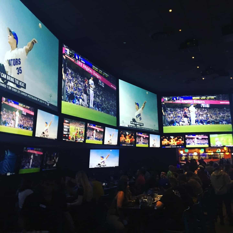 best casino to watch ufc in vegas